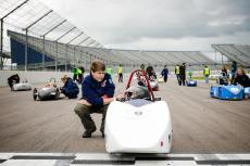 F24+ lap race